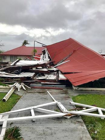 トンガ史上最強サイクロンが首都直撃 33人負傷、停電や洪水も