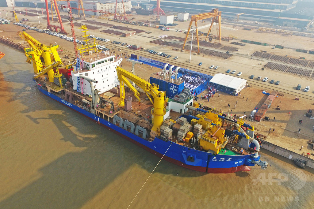 南シナ海での工事は「着実に前進」、島の面積はさらに拡大へ 中国