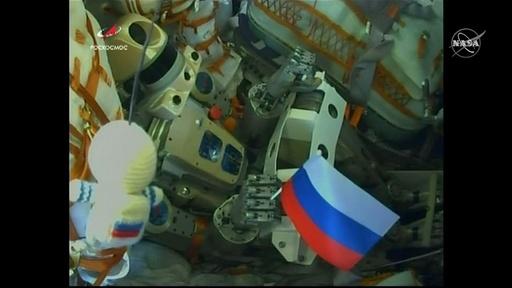 動画:ロシア国産ヒト型ロボット、宇宙船で打ち上げ ISSで補助作業習得へ