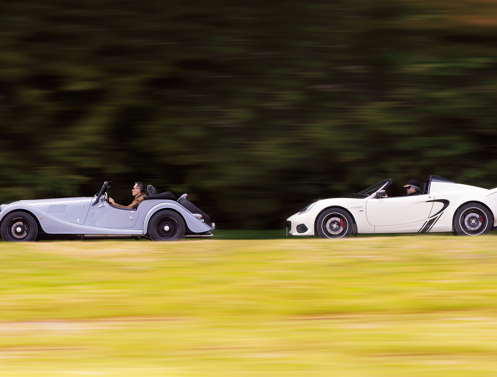 オープン・スポーツカーはイギリスに限る! モーガン・ロードスターとエリーゼ・スプリント220に試乗!!