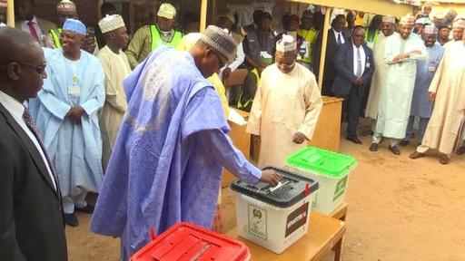 動画:ナイジェリア大統領選、現職ブハリ氏が再選