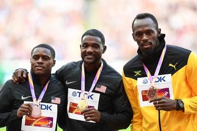 ブーイング後に拍手、男子100m金のガトリンが表彰式に登場