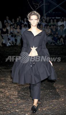 <09年春夏東京・コレクション>ワイズ レッドレーベル、新作を発表