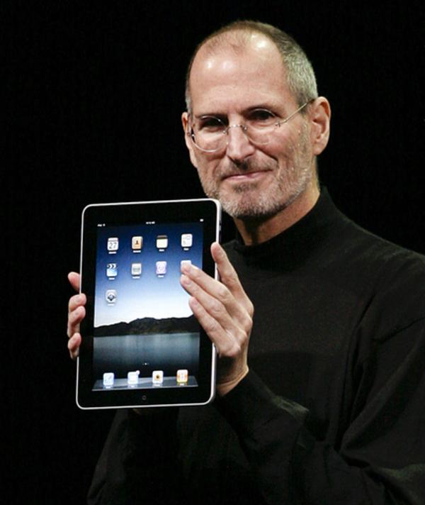 アップル、アイパッドのコンテンツ獲得に奔走中