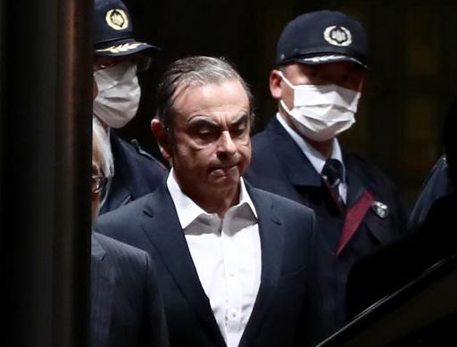 レバノン高官、大統領とゴーン被告との面会報道を否定