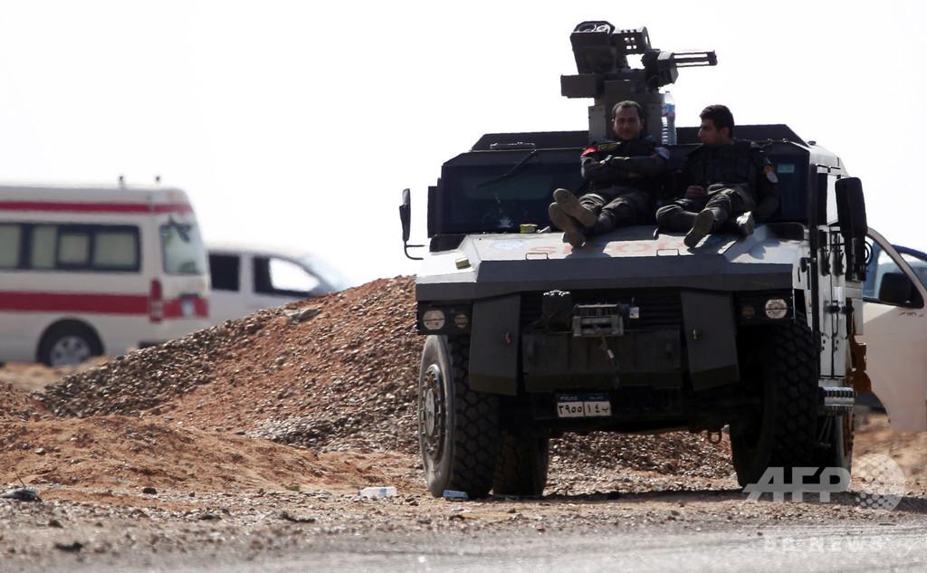 エジプト軍、IS活動地域で過激派70人以上殺害