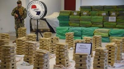 動画:マリフアナ約4トン押収、パラグアイ