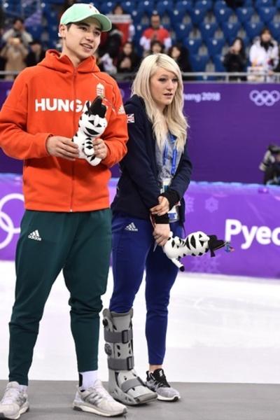 「最も不運な五輪選手」も歓喜、恋人が歴史的な金メダル獲得