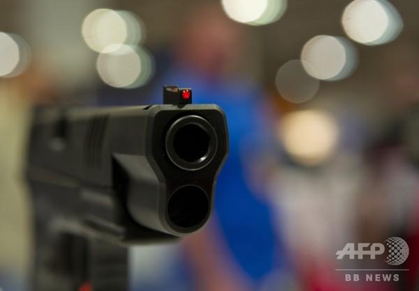 15歳の黒人少年射殺、白人警官に有罪評決 米テキサス州