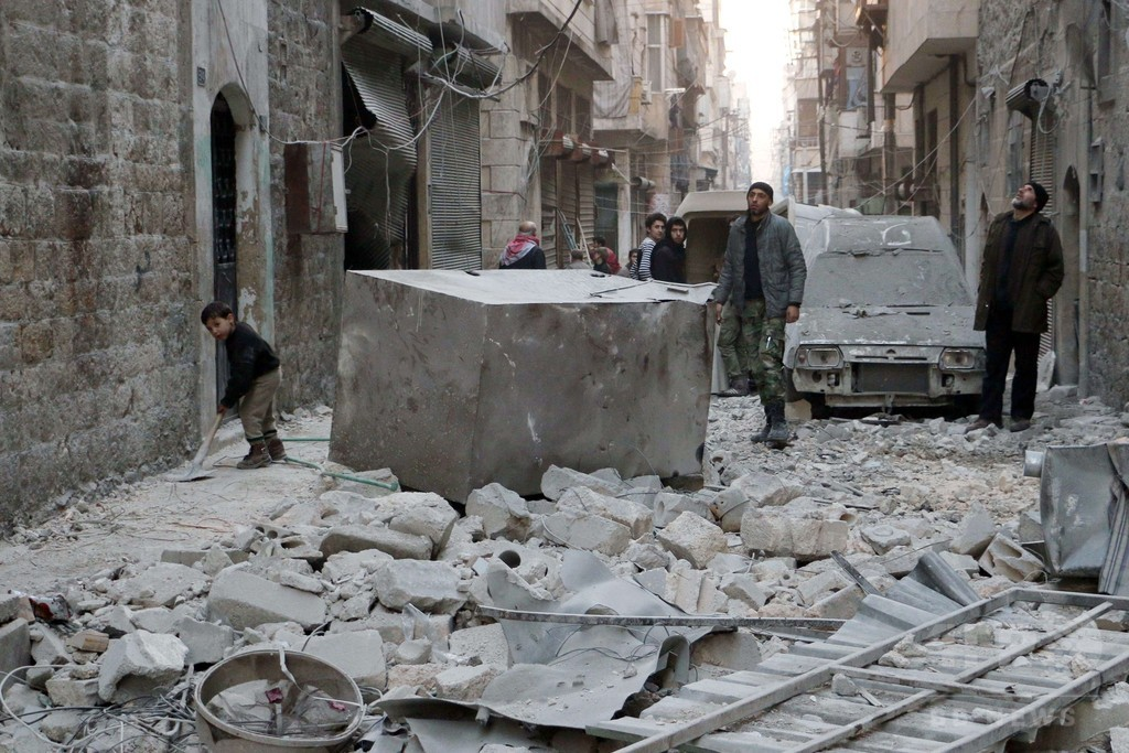 シリア内戦の死者、2014年は過去最多の7万6000人