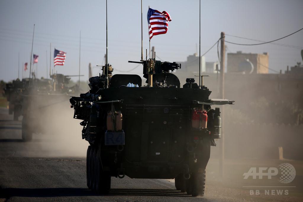有志連合の米英兵2人、即席爆発装置で死亡 シリア北部マンビジ