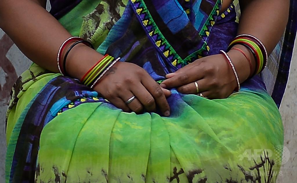 夫婦間レイプ容認のインド、法改正への圧力強まる