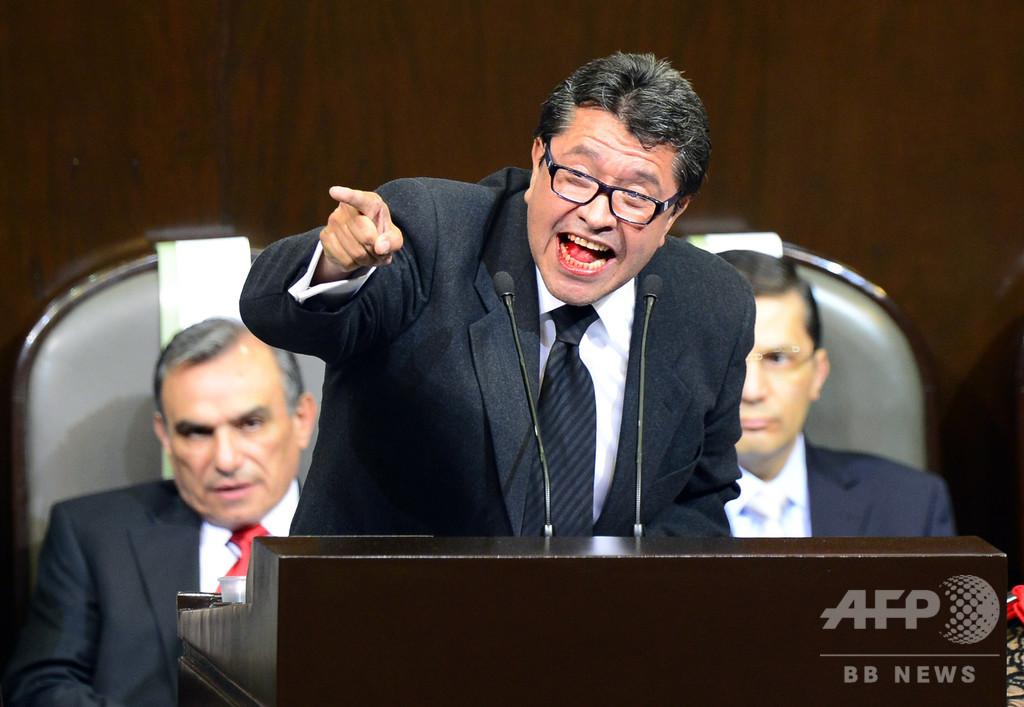 メキシコ次期与党が銀行手数料引き下げ法案提出、同国株6%下落