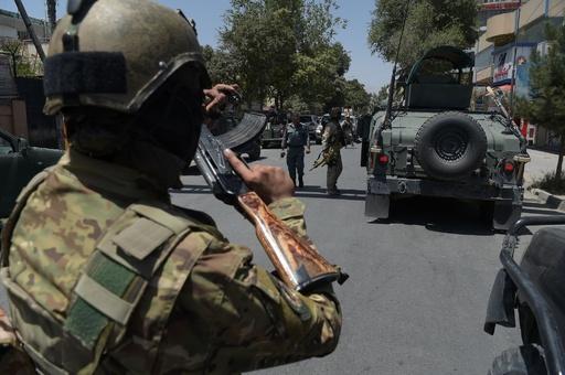 アフガンのイラク大使館で襲撃事件、犯人全員死亡 ISが犯行声明
