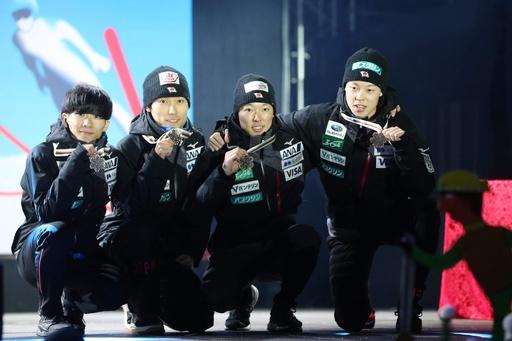 日本がジャンプ男子団体で銅メダル、ノルディック世界選手権