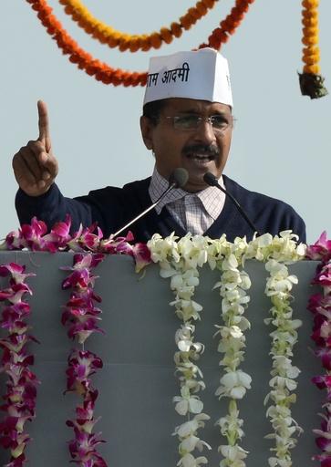 インド反汚職新党のケジリワル氏、デリー首都圏首相に就任