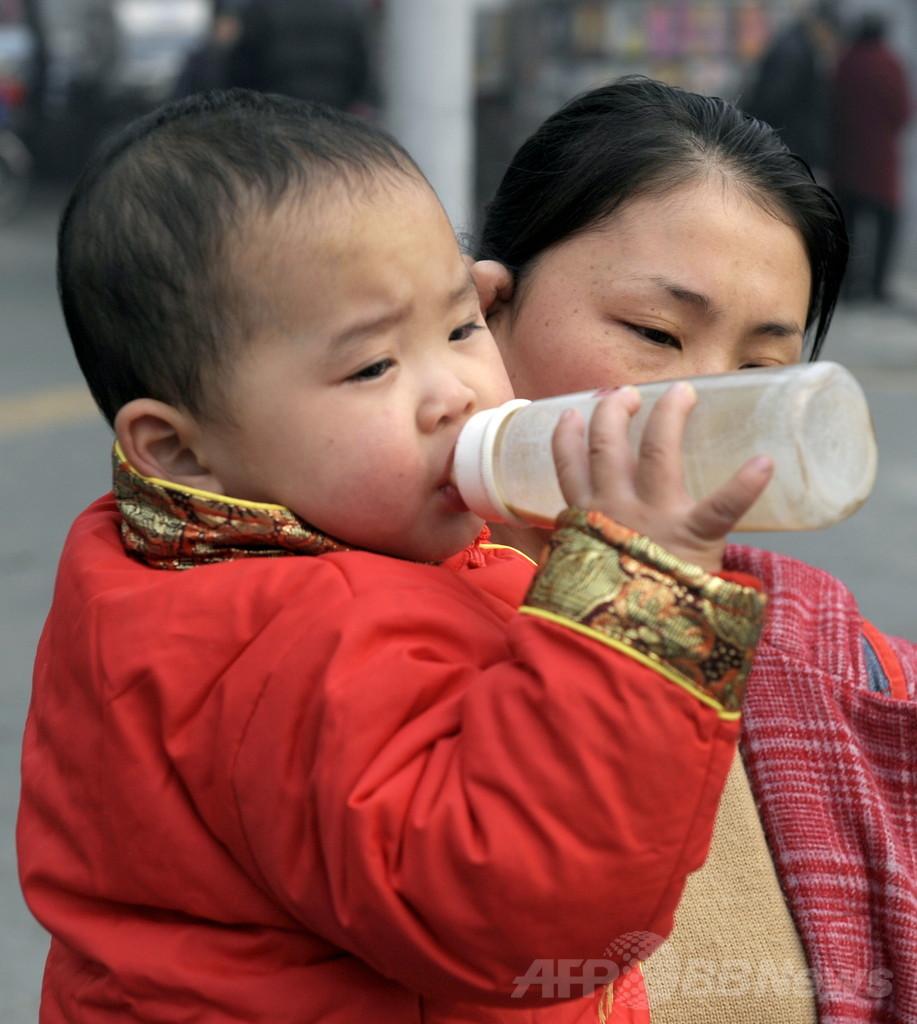 子の性別により違う母乳の成分、その理由は?