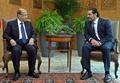 辞意表明していたレバノン首相、大統領の要請に応じ辞任を保留