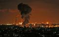 イスラエル軍がガザ空爆、3人死亡 攻撃の応酬続く