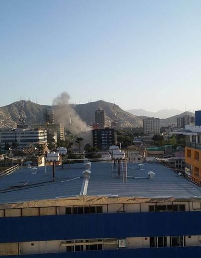 アフガン首都で警察署2か所襲撃、5人死亡