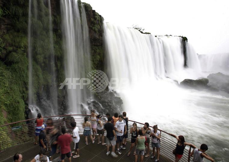 南米イグアスの滝、「新世界七不思議 自然版」入りなるか