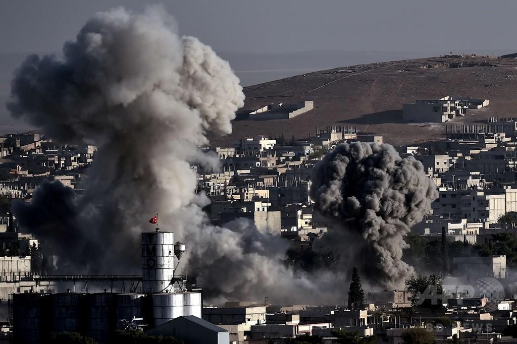 イスラム国、コバニのクルド人部隊司令部を制圧 虐殺の恐れ