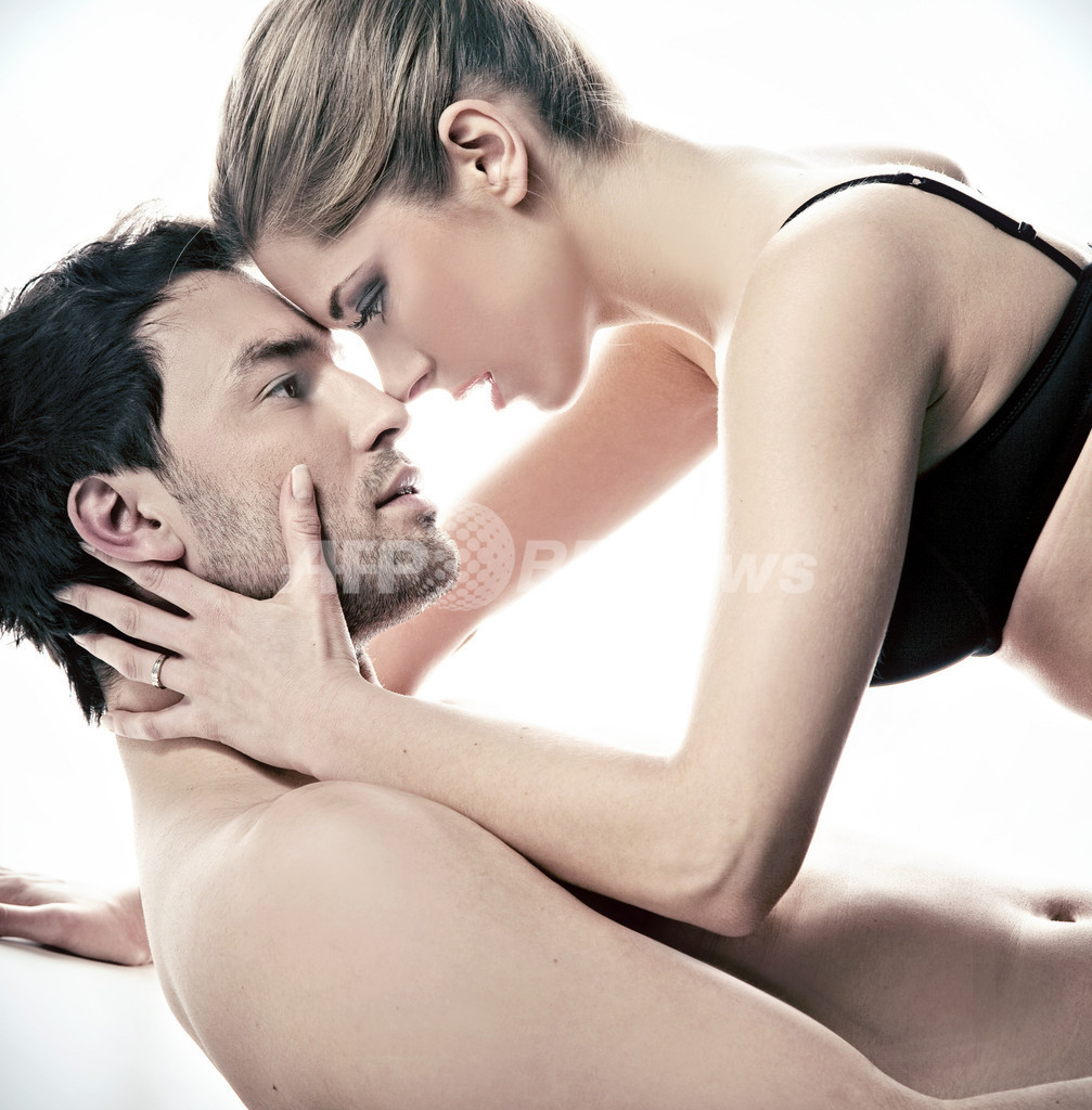 セックスで片頭痛が治る、鎮痛薬と同程度との報告