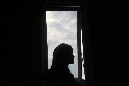 「妻として売られた」外国人女性1100人を救出 中国当局