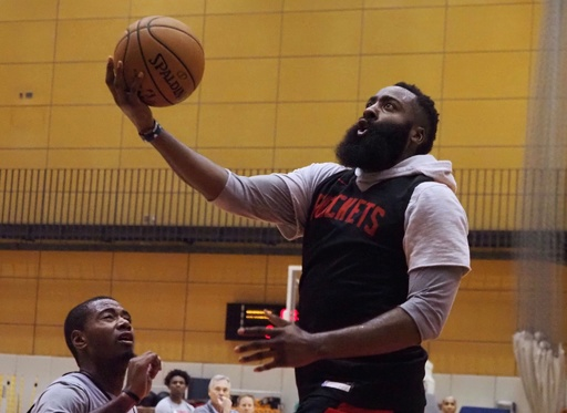 「香港と共に」 NBAロケッツのGMに中国猛反発、選手が謝罪