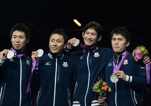 ロンドン五輪日本代表、史上最多のメダル獲得で震災復興を後押し