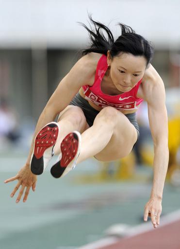 女子幅跳び 井村は3位、国際GP陸上