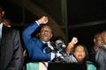 ジンバブエ次期大統領、ムガベ氏と大差なし? 弾圧や汚職の前歴