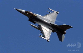 F 16 (戦闘機)の画像 p1_1
