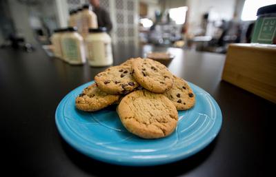 級友にあげたクッキー、「具」は祖父の遺灰 米