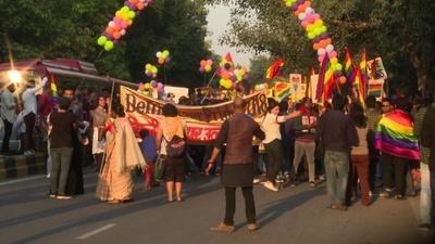 動画:インド首都でLGBTパレード、「自由手に入れた」 過去最大規模