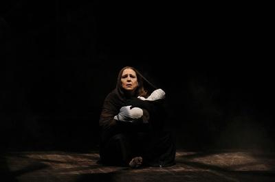 IS支配下のイラクで奴隷に、ヤジディー女性らの運命描く劇 イラク