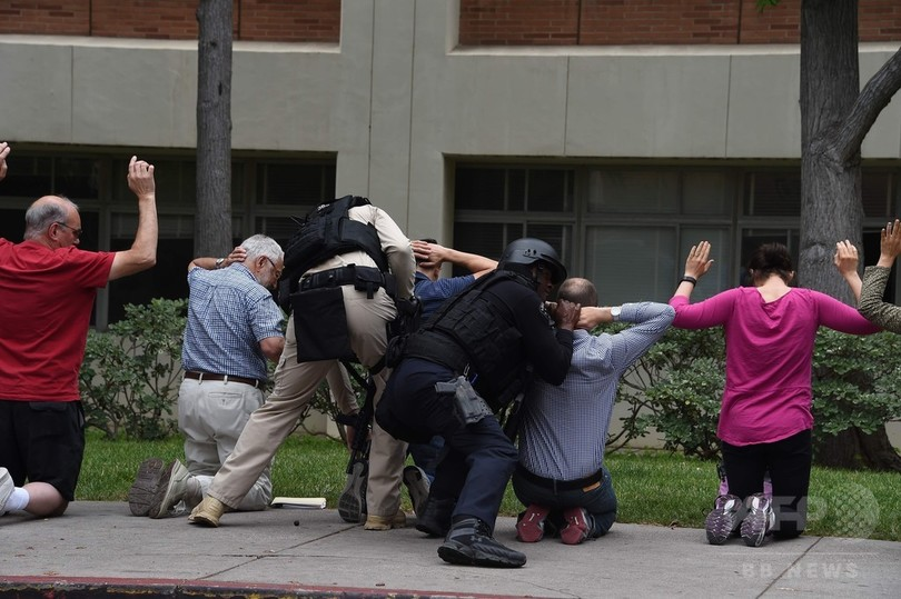米UCLAで発砲 男性死亡、容疑者自殺 キャンパス封鎖
