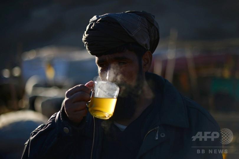 熱い飲み物にがんリスクの可能性、コーヒーにはなし 国連機関