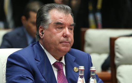 個人崇拝高まるタジキスタン、大統領自身が過剰な賛歌を懸念