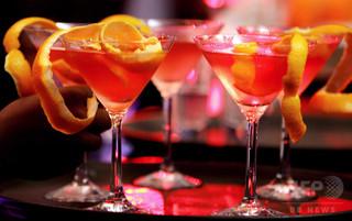 「甘過ぎるお酒」で少女死亡、カナダ当局が規制強化へ