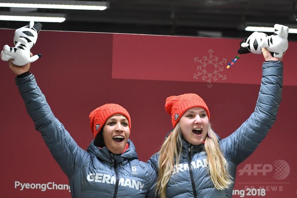 ドイツがボブスレー女子2人乗りで金メダル、平昌五輪
