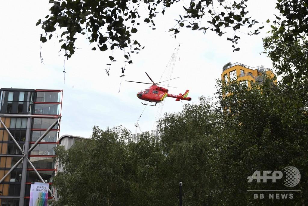 10階展望台から6歳児投げ落とす、17歳少年を逮捕 英テート・モダン