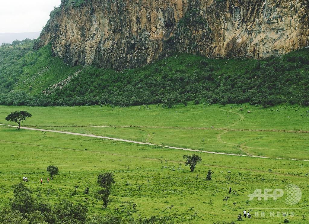 ケニア・ヘルズゲート国立公園で鉄砲水、観光客ら2人死亡5人不明