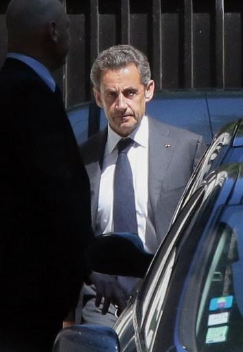 サルコジ前仏大統領を再び捕えた疑惑の網