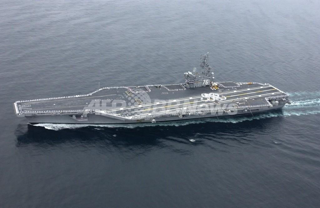米空母ロナルド・レーガン、日本沖合に到着