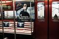 旭日旗とナチスのデザインで物議、アマゾンがNY地下鉄の広告撤去