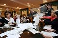 ウクライナ議会選で親欧米派が勝利