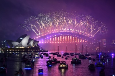 豪シドニーの新年イベントで表記ミス 「2018年おめでとう!」