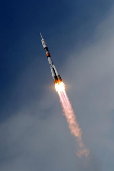 「ソユーズTMA-15」打ち上げ