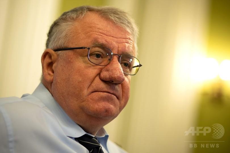 旧ユーゴ戦犯控訴審、シェシェリ被告の無罪破棄も再拘束せず